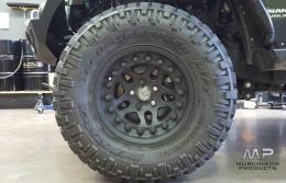 "Hutchinson Rock Monster 17 x 8.5"" Beadlock"